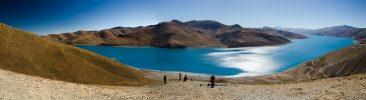 Yamdrok Lake the sacred lake in Tibet