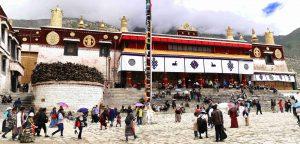 Drepung monastery during Shoton Festival