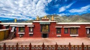 Tradruk Monastery in Tsedang