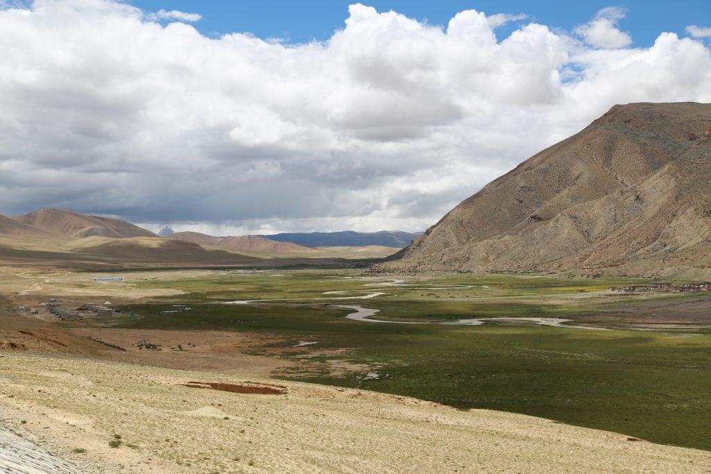 Valley views on the way to Saga