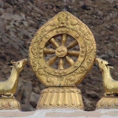 Sculpture of two listening deer on top of Sera monastery