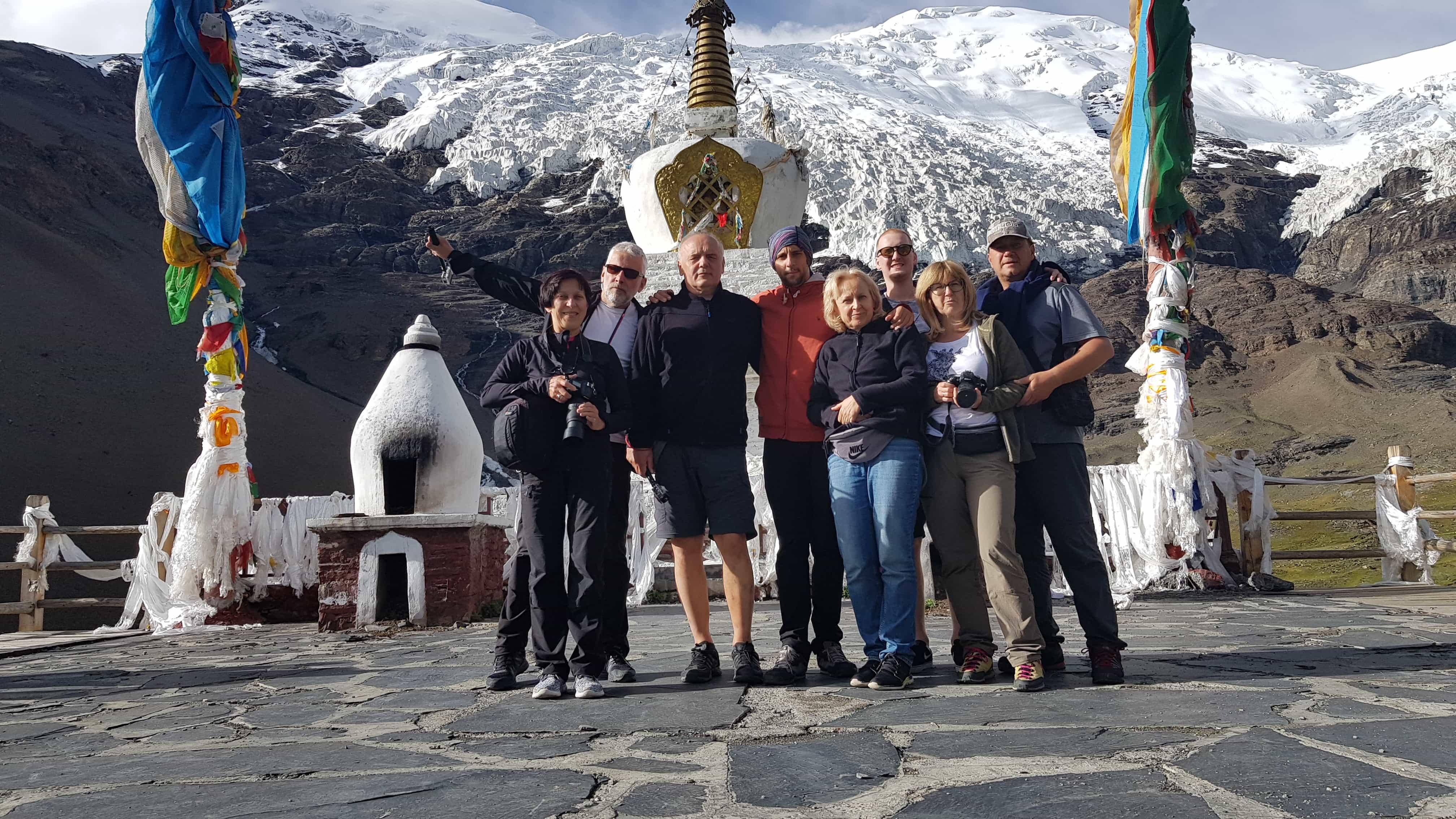 Tourists visiting Karola Glaciers