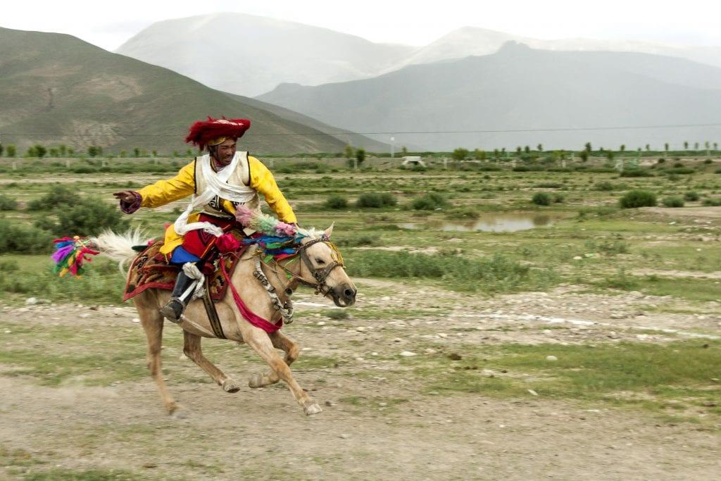 Horse racing in Tibet