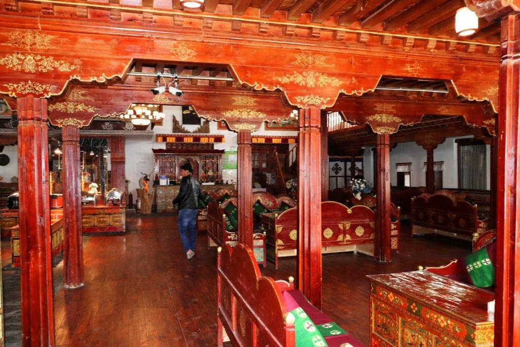 Restaurant in Yamdrok lake hotel