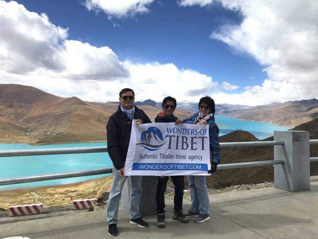 Tourists visiting Yamdrok lake, Tibet