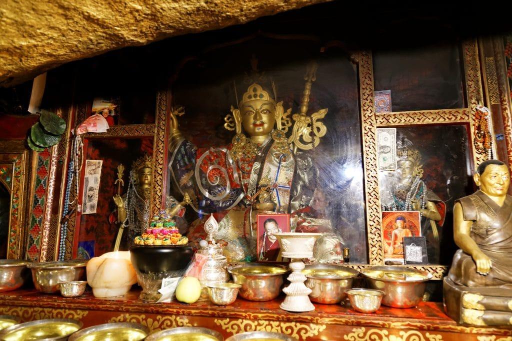 Padma Sambhava statue in Drakman Keutsang, Chimpu