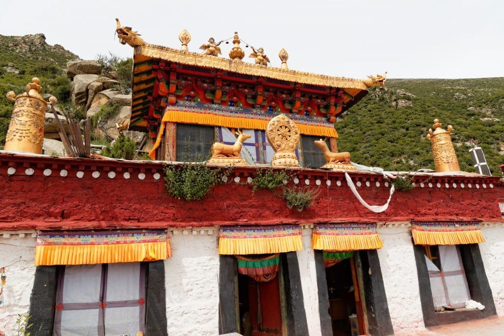 Temple around Drakman Keutsang cave, Chimpu