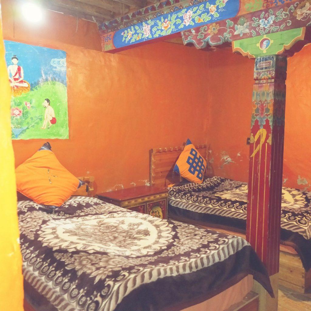 Inside bedroom in Shambala hotel, Tidrum