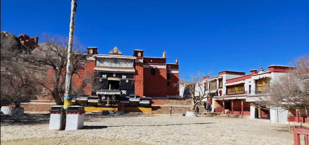 Panoramic view on Phuntsok Ling Monastery